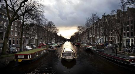 Amsterdam Canal District marks 400th anniversary