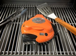 Il Robot che pulisce la griglia GrillBot