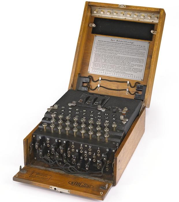 Alan Turing - Enigma machine